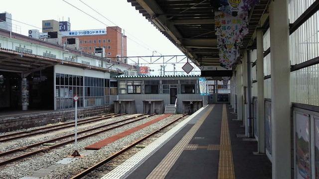 会津にむかう/会津若松駅 ホーム...